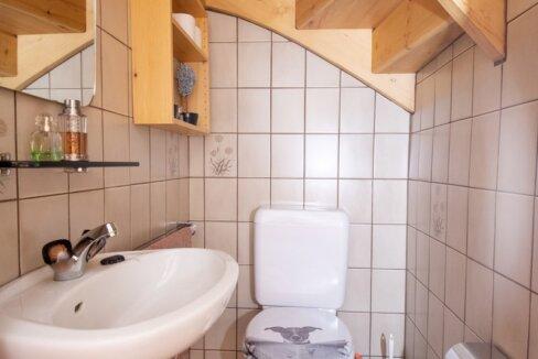 AA's-Immobilien-Zweifamilienhaus-Fieschertal (20)