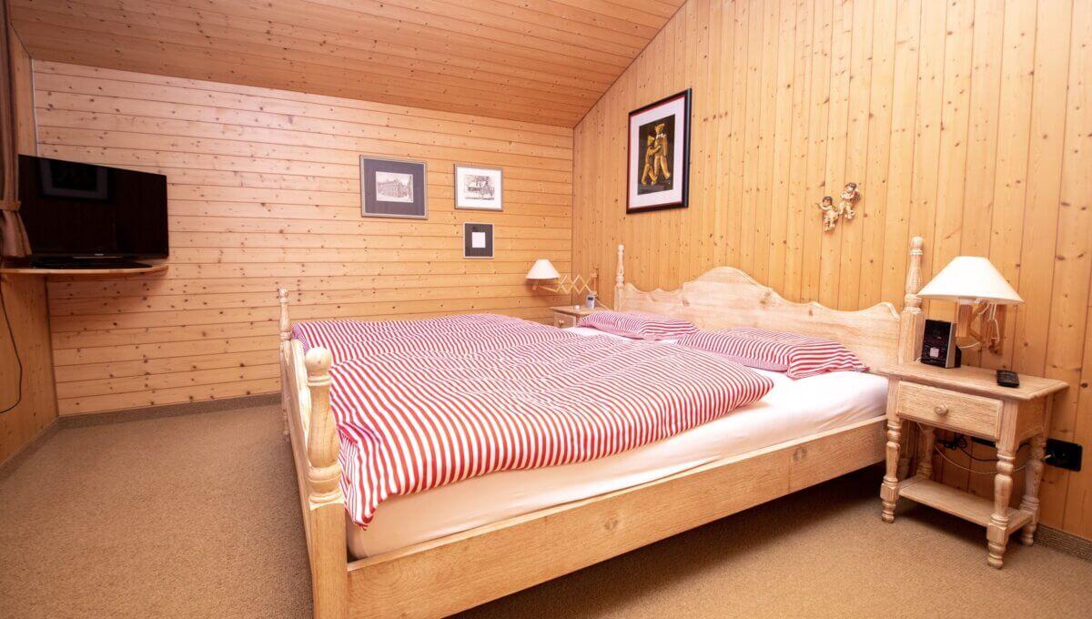 AA's-Immobilien-Zweifamilienhaus-Fieschertal (58)